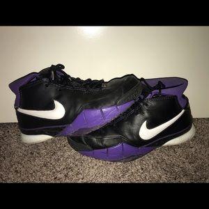 Nike Zoom Kobe 1 size 13 black purple